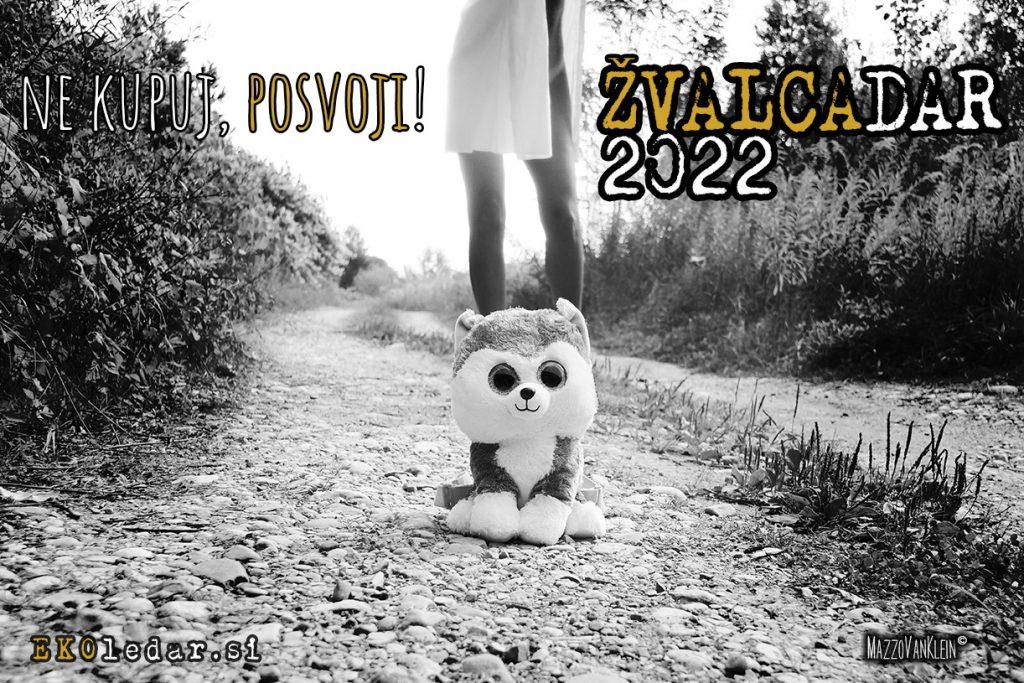 ŽVALCAdar - erotični koledar 2022 za pomoč domačim živalcam in zavetiščem za živalce.
